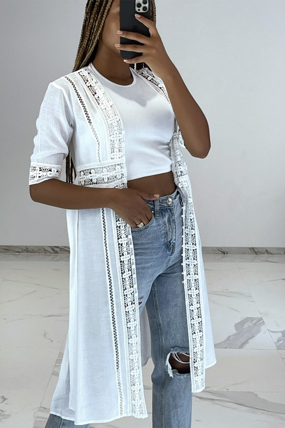 Kimono dété léger fluide blanc avec détails broderie