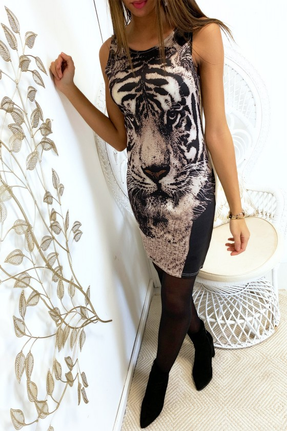 Robe moulante motif léopard